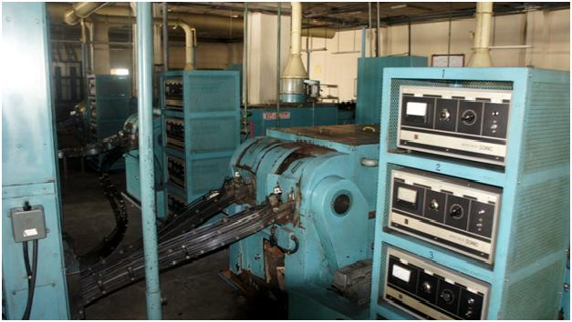 Linie semiautomata pentru asamblarea rulmentilor cardanici Koyo  NAM-KC-S